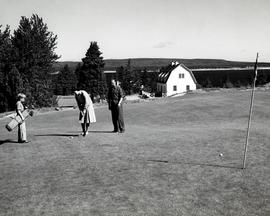 Governor-general Viscount Harold Alexander and Lady Margaret Diana playing golf at the Keltic Lodge
